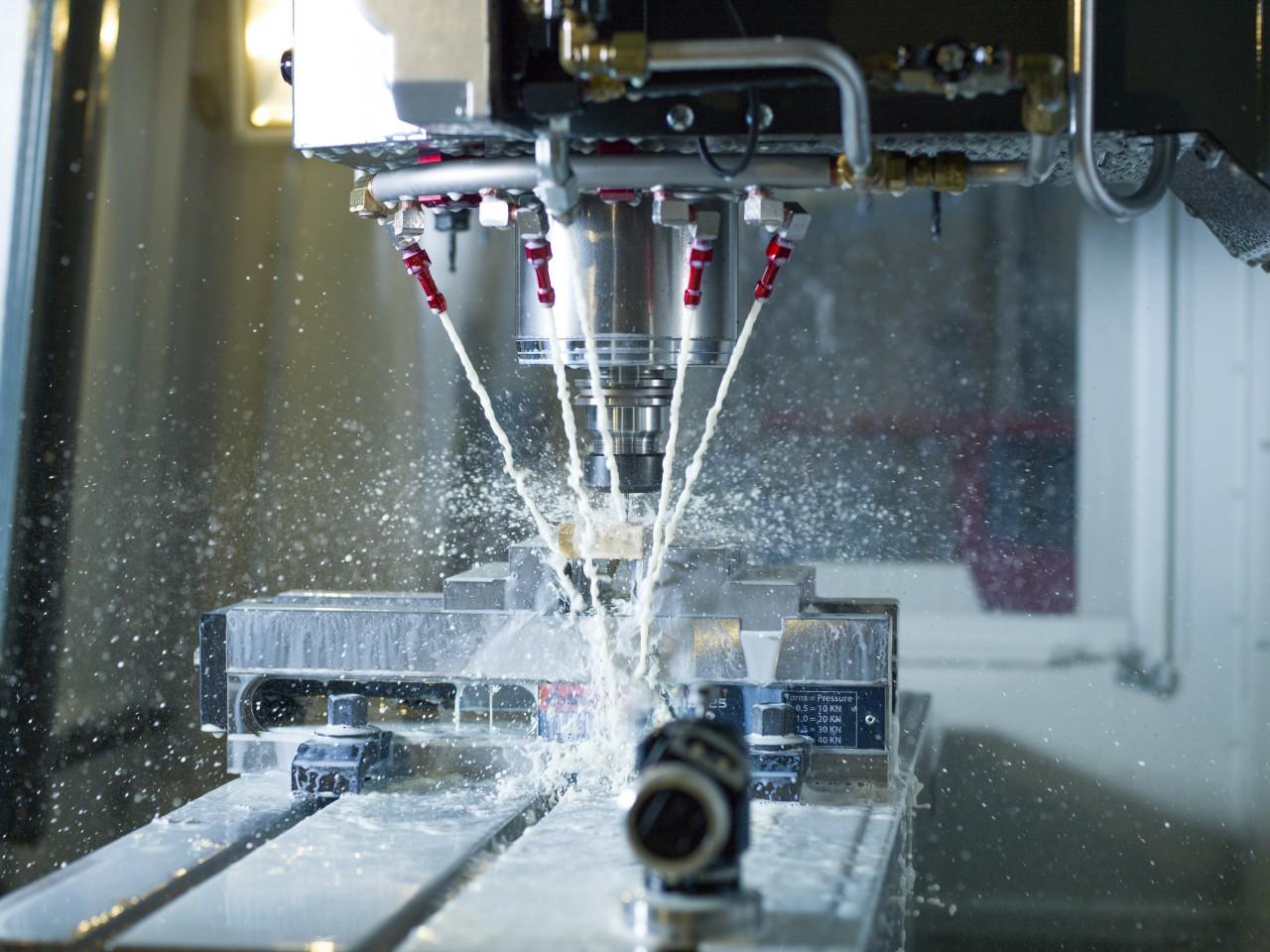 CNC-Fräsen mit der Haas VF-2 für Einsteiger | MakerSpace